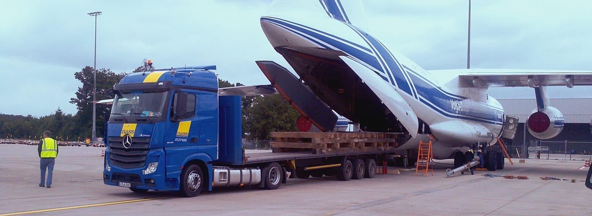 nass_transporte_Fflugzeugladung