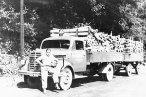 nass_Transporte_Holztransporter