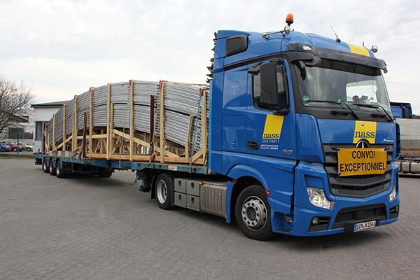 nass_Transporte_Ladung_Ueberlaenge